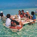احد المطاعم فى جزيرة بورا بورا