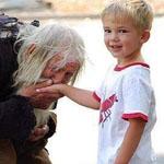 عجوز بلغاري فقير اكتشفوا مؤخرا انه يشحذ ليسدد الفواتير لدور الأيتام