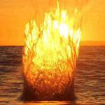 لحظة القاء حجر في الماء مع وجود الشمس