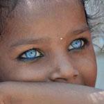 سبحان الله علي العيون الجميلة