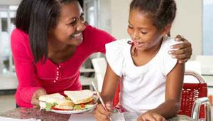 ارشادات للامهات.. هكذا تتم التغذية الصحيحة للابناء في فترة الامتحانات
