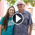 فيديو طريف: عجوز، 87 عاما، على مقاعد الجامعة للدراسة من جديد