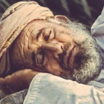 صحيح الوسادة تحمل رأس الغني والفقير..