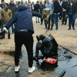 طقوس عجيبة.. الطالب الليبي يتعرض للضرب يوم تخرجه