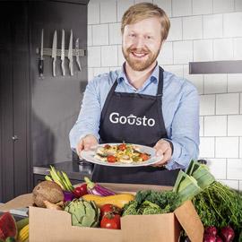 قصة شاب جائع أسس شركة طعام قيمتها 100 مليون جنيه استرليني
