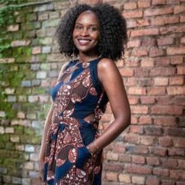 من مهاجرة أفريقية إلى صاحبة شركة أزياء تجني آلاف الدولارات