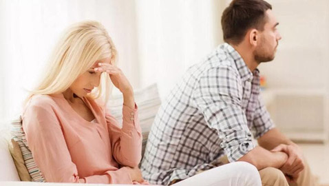 علامات تشير إلى الخيانة الزوجية.. انتبهي لها!