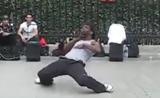 رقص عظيم  في الشارع