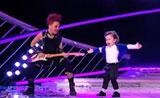 الطفل ديفيد في برنامج المواهب يقلد رقصة مايكل جاكسون ببراعة