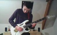 موهبة مدهشة على الغيتار