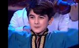 الطفل المسلم الذي فاز في برنامج المواهب